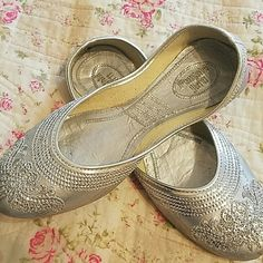 Silver Punjabi Jutti: US Size: 6.5 - Indian shoes (could be worn with any outfit) - Very comfortable to wear Shoes Flats & Loafers