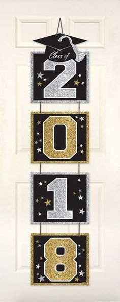​This Glitter Vertical Grad Door Decoration will be a perfect addition to your indoor decorations at the graduation party. Graduation Images, Graduation Crafts, Graduation Party Planning, Kindergarten Graduation, Graduation Decorations, Graduation Party Decor, School Decorations, Grad Parties, Party Themes