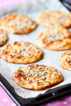 Frukostbröd som även passar att frysa in så gör dubbel sats! #lchf #lchfbröd #lowcarb #lchffrukost