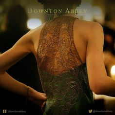 Lady Mary Crawley, Downton Abbey Season 6 [1925] costume designer Anna Mary Scott Robbins.