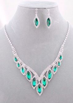 Silver With Emerald Crystal Rhinestone Necklace Earrings Set Fashion Jewelry NEW…
