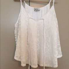 Never Worn Vava by Joy Han top Size small. Never worn! Adorable with jean shorts. Vava by Joy Han Tops