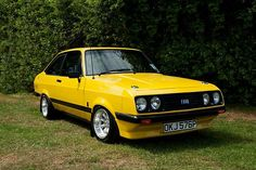 'Ford Escort RS 2000 yellow' by Martyn Franklin Bmw, Audi, Porsche, Ford Rs, Car Ford, Us Cars, Sport Cars, Retro Cars, Vintage Cars