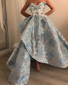 baby blue brocade with silver details © dona matoshi quote via. Ball Gown Dresses, Event Dresses, Prom Gowns, Dresses Dresses, Vestidos Color Blanco, Robes Disney, Gowns For Girls, Mode Outfits, Beautiful Gowns