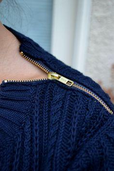 sweater zipper detail
