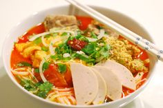 Vietnamese Crab & Tomatoes Noodle Soup [Bún Riêu]