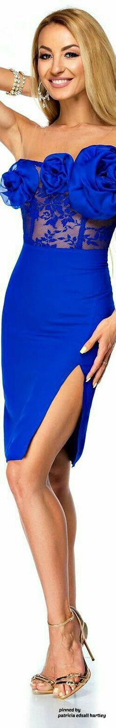 Bold Beautiful You Fashion Bleu Cobalt, Blue Crush, Color Azul, Color Tones, Colors, Blue Fashion, Girly Girl, Shades Of Blue, Pretty Dresses