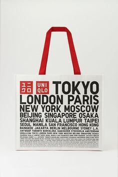 Uniqlo lance son shopping bag payant et recyclé - Actualité : Distribution ( Bag Packaging, Packaging Design, Branding Design, Packaging Ideas, Shopping Bag Design, Shopping Bags, Uniqlo, Paper Bag Design, Retail Bags