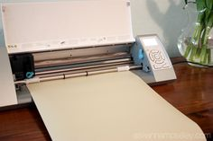 How to Cut an Extra Large Vinyl Design with Your Silhouette Machine! -- Tatertots and Jello