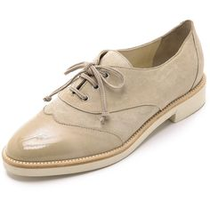 Oscar de la Renta Tegan Oxfords ($490) ❤ liked on Polyvore featuring shoes, oxfords, khaki, oxford brogues, platform oxfords, wingtip shoes, oxford lace up shoes and leather wingtip shoes
