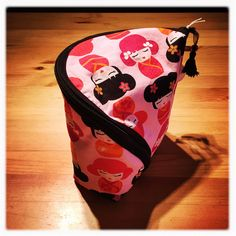 Pink Kokeshi! Zipper Bags, Coin Purse, Lunch Box, Wallet, Purses, Creative, Pink, Collection, Fashion
