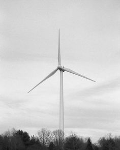 This Wind turbine is the best! Don't know why people hate on it so much. Scituate Ma. Shot with Illford Delta 100.     #ignewengland #igboston #igersboston #windturbine #windmill #energy #greenenergy #naturefriendly #architecturelovers #architecturedaily #skyporn #cloudporn #skyscape #illforddelta100 #illford #shootfilm #filmisnotdead #wind #windenergy #renewableenergy #windpower #windfarm #windturbinelife #minolta #boston #scituate #minoltax700 #happyholidays #believeinfilm #bandw