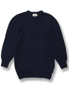 A 100% premium cotton navy jumper from Western Assembly Portuguese premium menswear designer, La Paz. Crafted using an oversized structured knit and featuring raglan sleeve.