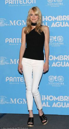 Anna Faris works her magic as she promotes Overboard Mom Tv Show, Allison Janney, Blonde Actresses, Spring Fashion, Women's Fashion, Anna Faris, Httyd 3, Marmaris, Robert Redford