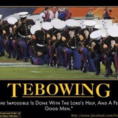 tebowing has even become a thing in the marines! Thank you Timothy Tebow for this inspiring gesture Once A Marine, Marine Mom, Marine Corps, Military Humor, Military Life, Military Ranks, Military History, Support Our Troops, Us Marines