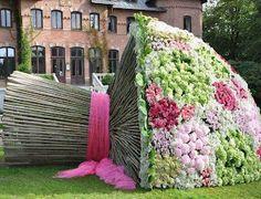 wow!!! para mi próximo cumpleaños quiero un ramo de flores así.