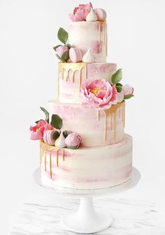 Gold dripped on pink wedding cake #weddingcake #cake #weddings #pinkweddingcakes