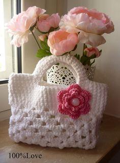 without the flower though. Crochet Butterfly Pattern, Crochet Purse Patterns, Doll Dress Patterns, Basic Crochet Stitches, Crochet Girls, Crochet Baby, Knit Crochet, Crochet Handbags, Crochet Purses