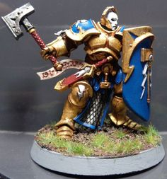 Stormcast Eternal Liberator with warhammer and shield.