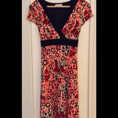 "Classic red & black print dress size 6 petite Full length, tie at waist, Measures approx as follows: bust 34"", hips 34"", overall 41"". Fabric content 95 poly, 5 spandex. EUC! Dress Barn Dresses"