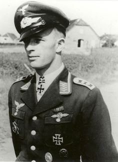 Oberfeldwebel Stefan Litjens ---  Flugzeugführer 4./Jagdgeschwader 53.- http://www.das-ritterkreuz.de/index_search_db.php4?modul=search_result_det&wert1=3816&searchword=litjens