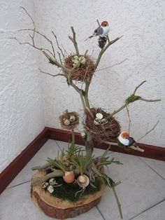 Easter is coming! - Easter is coming! – DIY craft ideas – ideas # am - Deco Floral, Arte Floral, Wood Crafts, Diy And Crafts, Craft Projects, Projects To Try, Craft Ideas, Nature Crafts, Spring Crafts