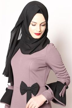 veiled evening dresses, hijab clothing, hijab dress young and hijab dresses in 9 installments and pay at the door ModaMerve de Source by stilabiye clothes hijab Hijab Style Dress, Dress Indian Style, Casual Hijab Outfit, Abaya Fashion, Fashion Wear, Fashion Dresses, Abaya Mode, Mode Hijab, Model Baju Hijab