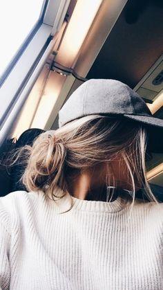 5 Hairstyles That Look Way Better on Dirty Hair - Convenile Teen Hairstyles, Girl Haircuts, Summer Hairstyles, Pretty Hairstyles, Cute Everyday Hairstyles, Hair Styles 2016, Short Hair Styles, Coiffure Hair, Short Thin Hair