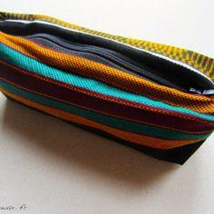 Trousse tissu wax motif africain vert jaune rouge (10€) CéWax, Créations textiles et bijoux ethniques en wax, tissu africain. Pièces uniques et fabriquées à la main en France http://cewax.alittlemarket.com