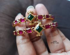 Pretty Silver Bangles From Silver Sashti ~ South India Jewels Jewelry Design Earrings, Gold Earrings Designs, Gems Jewelry, Crystal Jewelry, Jewelry Art, Jewellery, Gold Chain Design, Gold Bangles Design, Ruby Bangles