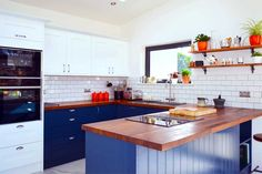 www.diy-kitchens.com customer-reviews shaker blue all-finishes 0