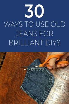 Your old jeans never looked so good. 30 Ways To Use Old Jeans For Brilliant Craft Ideas Diy Jeans, Reuse Jeans, Jeans Denim, Jean Crafts, Denim Crafts, Denim Bag Patterns, Blue Jean Quilts, Denim Quilts, Pocket Craft