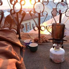 My sunrise idyll coffee at the roof by @kristinka_skl
