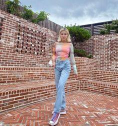 Nancy Jewel Mcdonie, Nancy Momoland, Korean Girl Fashion, Mamamoo, Beautiful Asian Girls, Bell Bottom Jeans, All Art, Mom Jeans, Style Inspiration
