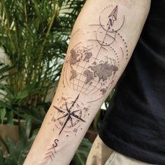 Faça sua tatuagem em Maio e Junho 2021: Artistas com Agenda Aberta! - Blog Tattoo2me Junho, Compass Tattoo, Tattoos, Blog, Shoulder Tattoo, Delicate Tattoo, Male Tattoo, May, I Found You
