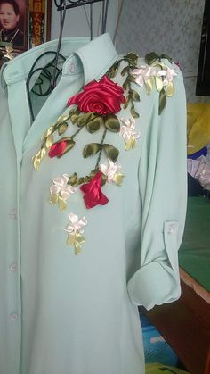 New embroidery dress pattern fashion shirts ideas Ribbon Embroidery Tutorial, Silk Ribbon Embroidery, Embroidery Dress, Embroidery Patterns, Embroidery Thread, Embroidered Dresses, Embroidery Supplies, Embroidery On Clothes, Embroidery Fashion