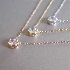 Gold Bezel Setting Diamond Necklace / Solitaire Necklace Carat / Bridesmaid Necklace / Diamond Gold Necklace A single brilliant round cut diamond different choices of diamond size) hangs on a bail at the center of a thin gold chain with m Diamond Cross Necklaces, Dainty Gold Necklace, Diamond Solitaire Necklace, Diamond Pendant Necklace, Silver Necklaces, Diamond Jewelry, Gold Jewelry, Solitaire Rings, Jewelry Necklaces