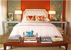 http://interiordec.about.com/od/bedrooms/ig/Small-Bedrooms/Small-Bedroom-by-Domicile-Interior-Design.htm