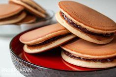 Recept: Dorayaki met anko | Proef Japan Nutella, Pancakes, Desserts, Meet, Breakfast, Food, Tailgate Desserts, Meal, Pancake