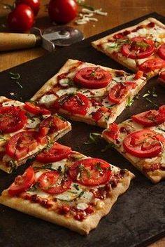 Double Mozzarella Margherita Pizza