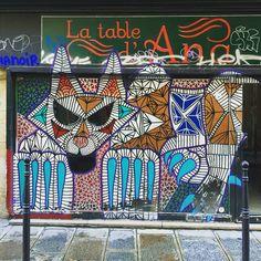 By @huskyroundup  #streetart #streetartist #urbanart #urbanartist #graffiti #graff #streetartparis #parisgraffiti #graffitiwall #wall #wallporn #wallpornart #streetarteverywhere #streetphoto #streetartandgraffiti #urbanwalls #graffart #spray #bombing #instagraff  Rue du Vertbois #paris #75010