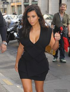 Kim arriving at Hotel Costes