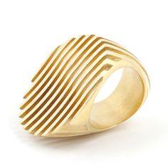 Sarah Herriot - Escalator ring gold
