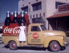 Vintage photos of Coca-Cola Trucks and Bottling Works of SE New Mexico 1936 - Coca Cola Vintage, Coca Cola Ad, Always Coca Cola, World Of Coca Cola, Vintage Trucks, Old Trucks, Chevy Trucks, Pickup Trucks, Antique Trucks