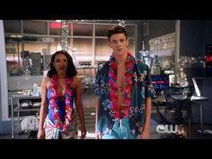 The Flash 4x09 Deleted Scene — Interrupted Honeymoon - YouTube