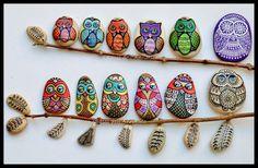 Hand Painted Stone MANDALA Owl by ISassiDellAdriatico on Etsy
