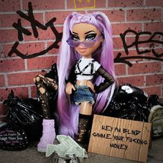 Angel eyes, Tell me lies ✨ Bratz Doll Makeup, Bratz Doll Outfits, Cartoon Outfits, Bad Girl Aesthetic, Purple Aesthetic, Black Bratz Doll, Fille Gangsta, Bratz Girls, Brat Doll