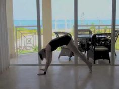 30 minute morning yoga flow with sadie nardini (good for those mornings where you have some extra time)