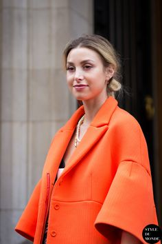 tropicana orange. #WhitneyPort in London.