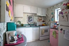 Leslie's Whimsical, Candy-Colored Kitchen — Kitchen Spotlight